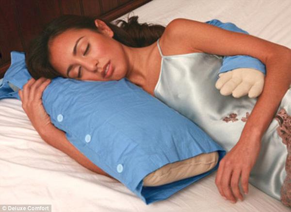 cuscino che abbraccia